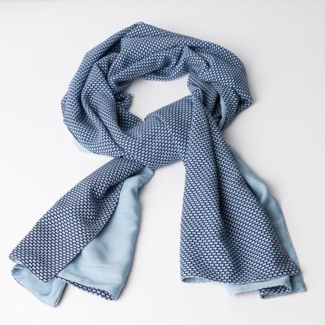 http://savannahpiu.com/181/foulard.jpg